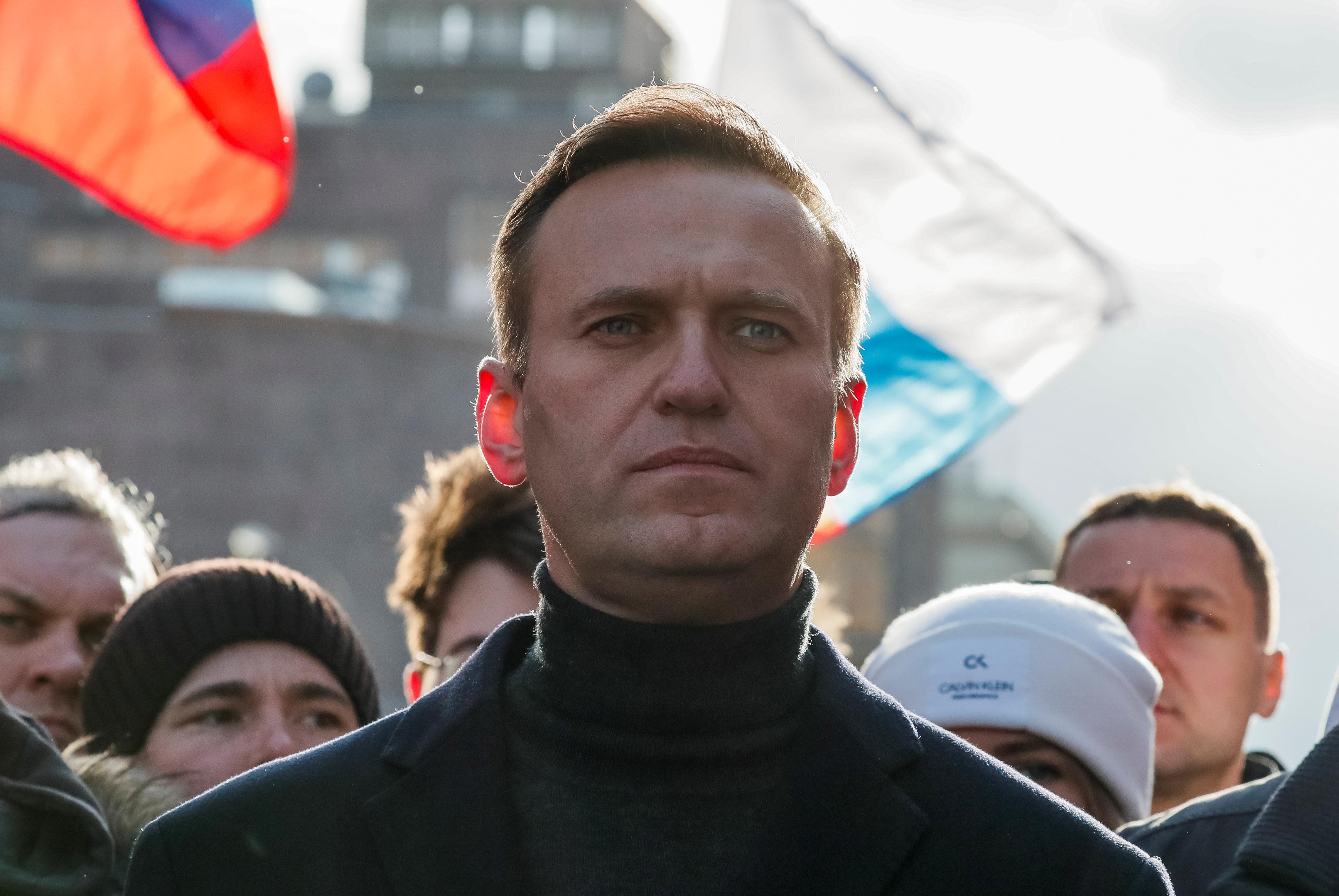 Полиция разыскивает уехавшую из России спутницу Навального