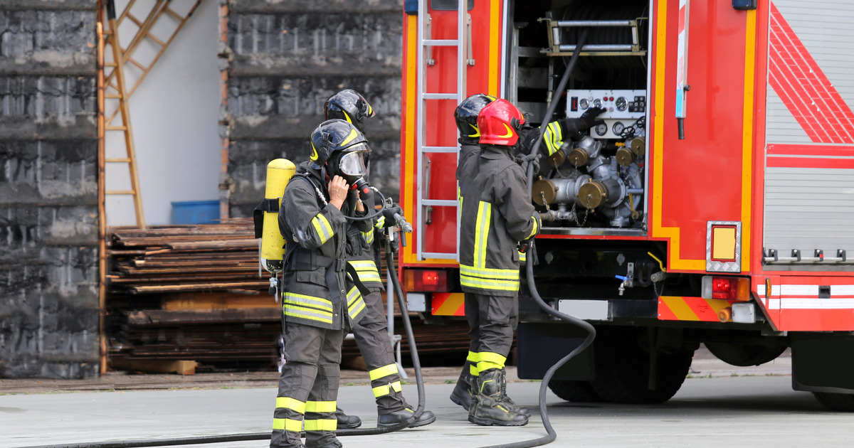 Посольство РФ в Берлине назвало ложной тревогой приезд пожарных