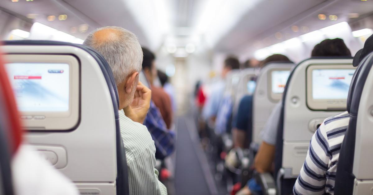Суд освободил угрожавшую взорвать самолет женщину от уголовной ответственности