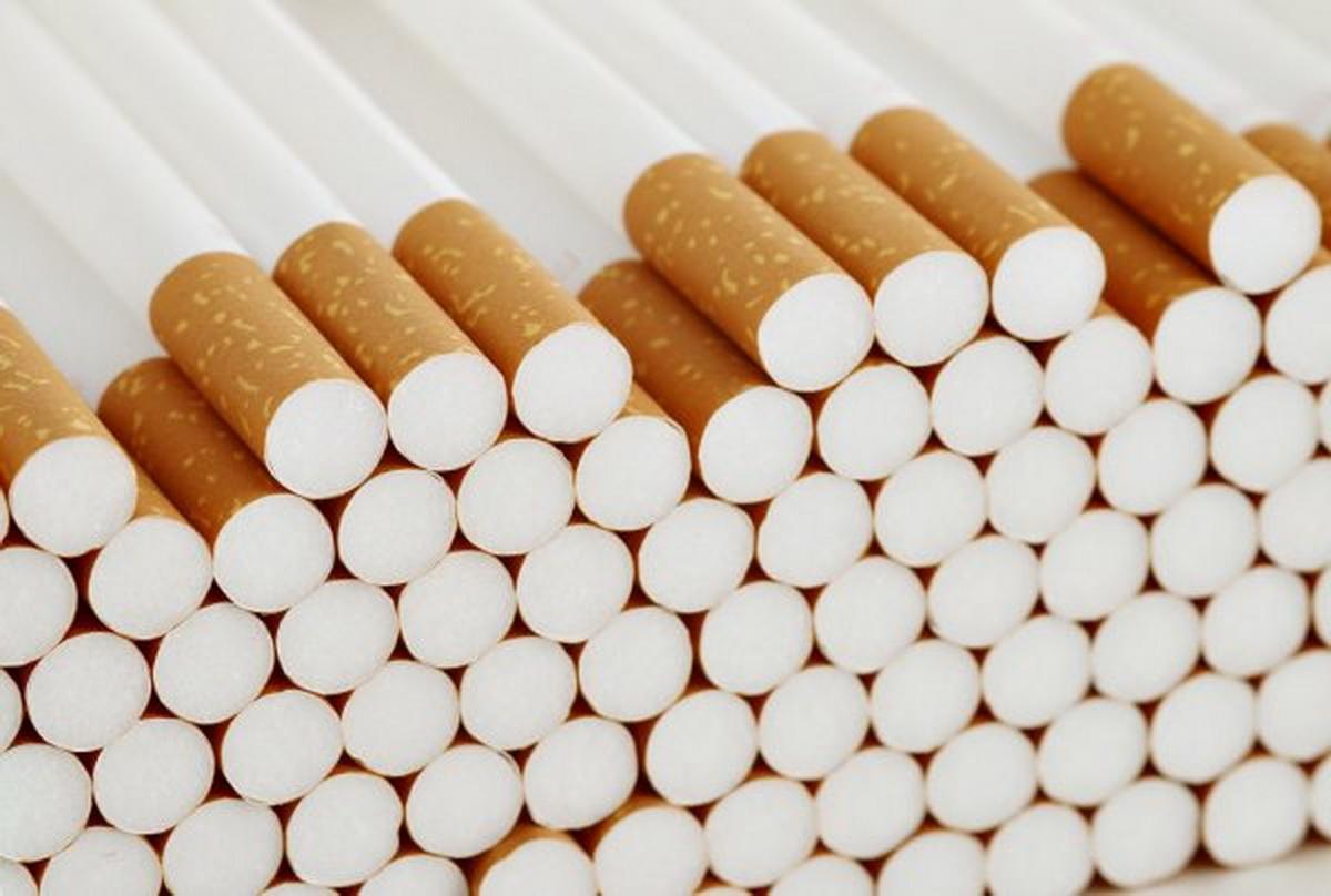 Нарколог: общество должно отвыкать от сигарет более постепенно, чем привыкало