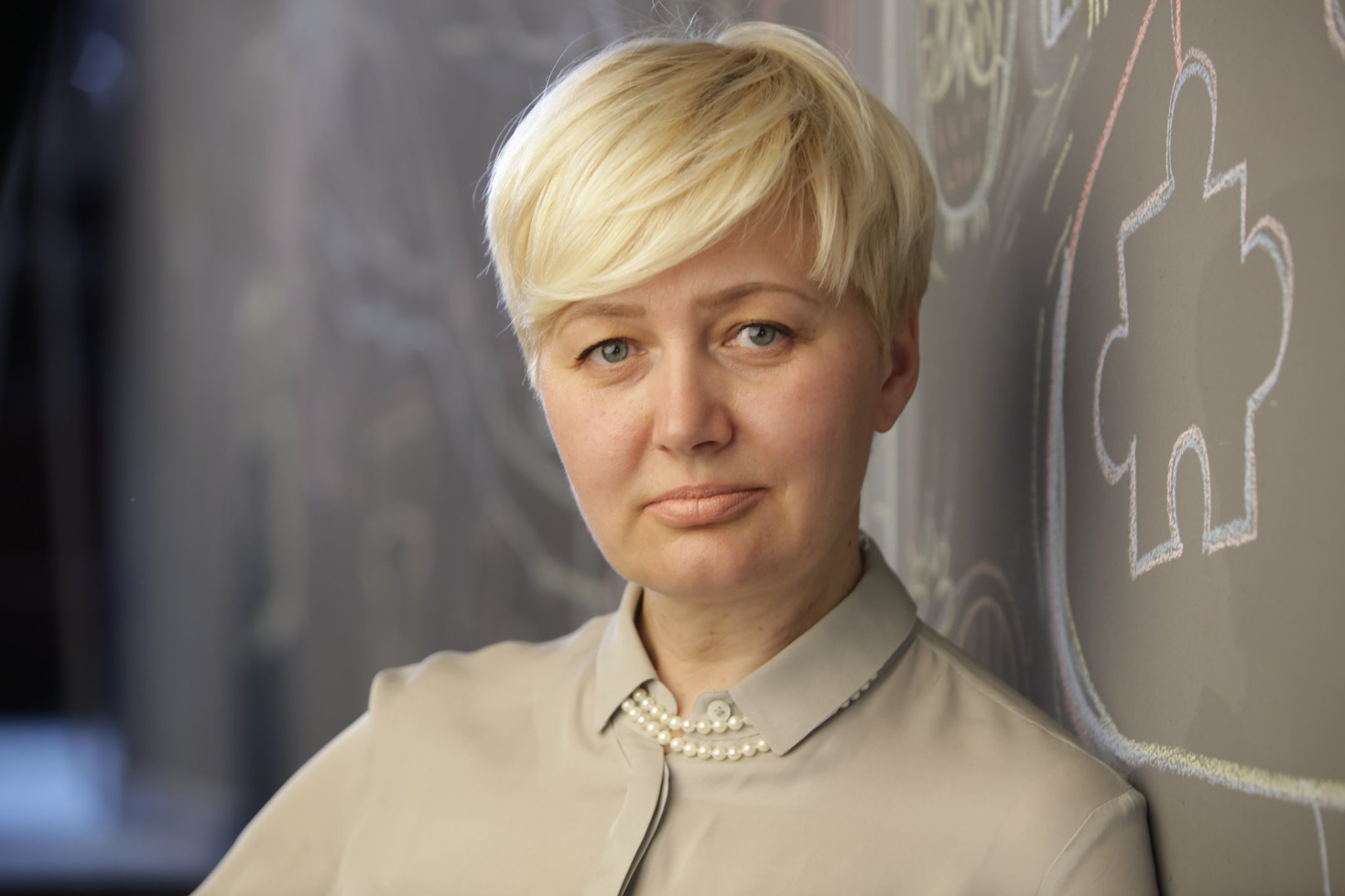 Украинская писательница устроила скандал из-за русской речи продавца