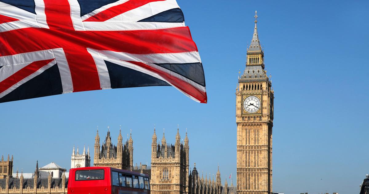 Великобритания ввела новые ограничения из-за пандемии