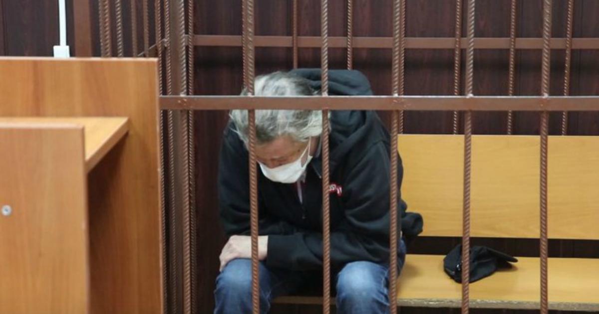 «Братва его будет доить»: экс-сотрудник ФСИН о судьбе Ефремова на зоне