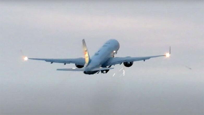 Опубликовано видео столкновения самолета Майка Пенса с птицами
