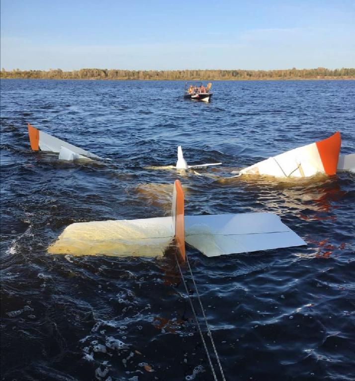 В результате падения в Волгу легкомоторного самолета погибли два человека