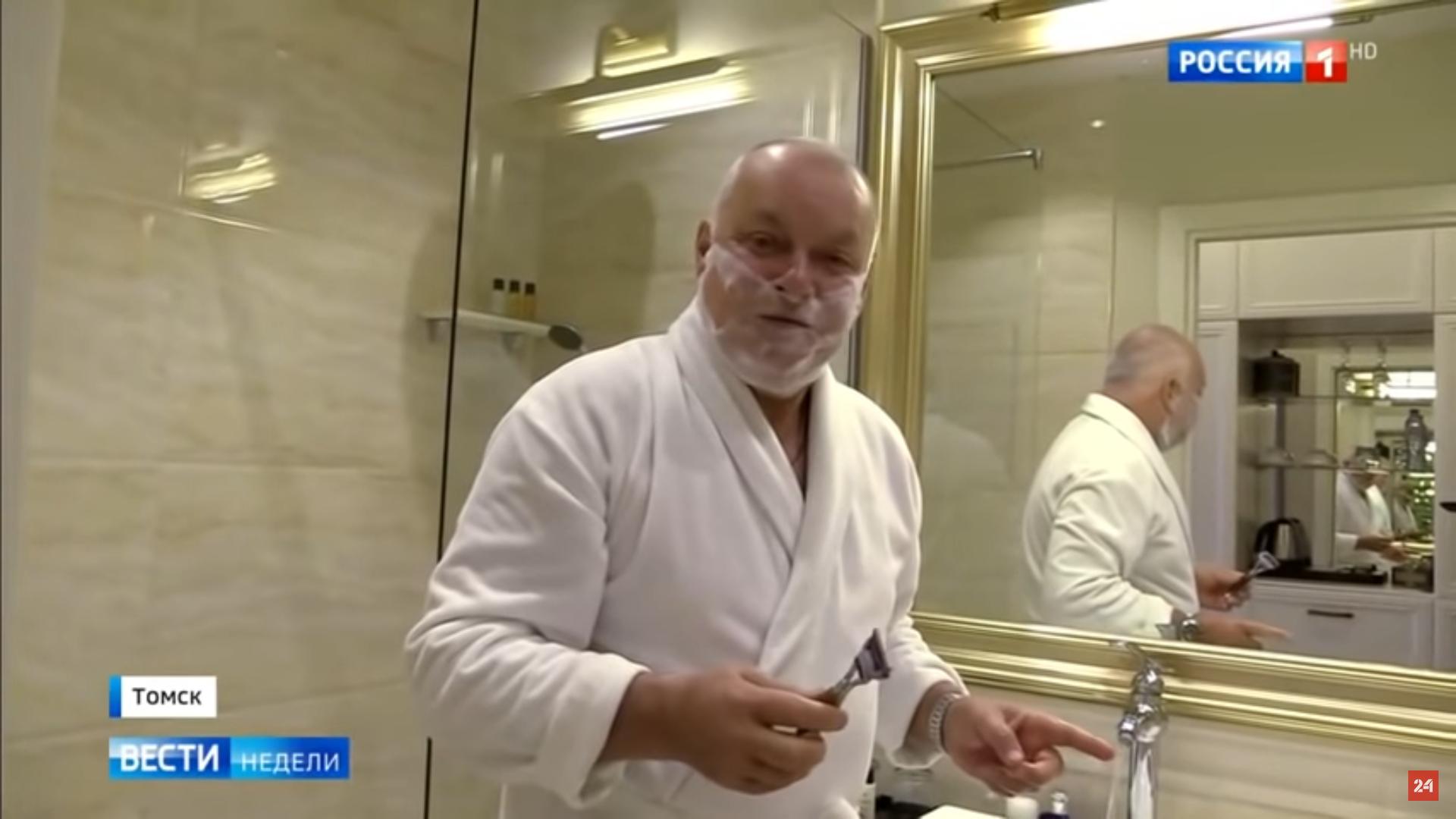 Киселев «брезгливо» переночевал в номере Навального в томском отеле