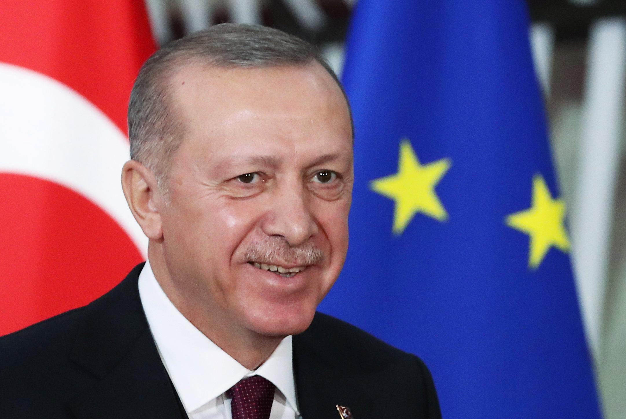 Эрдоган обвинил Армению в оккупации территорий Азербайджана