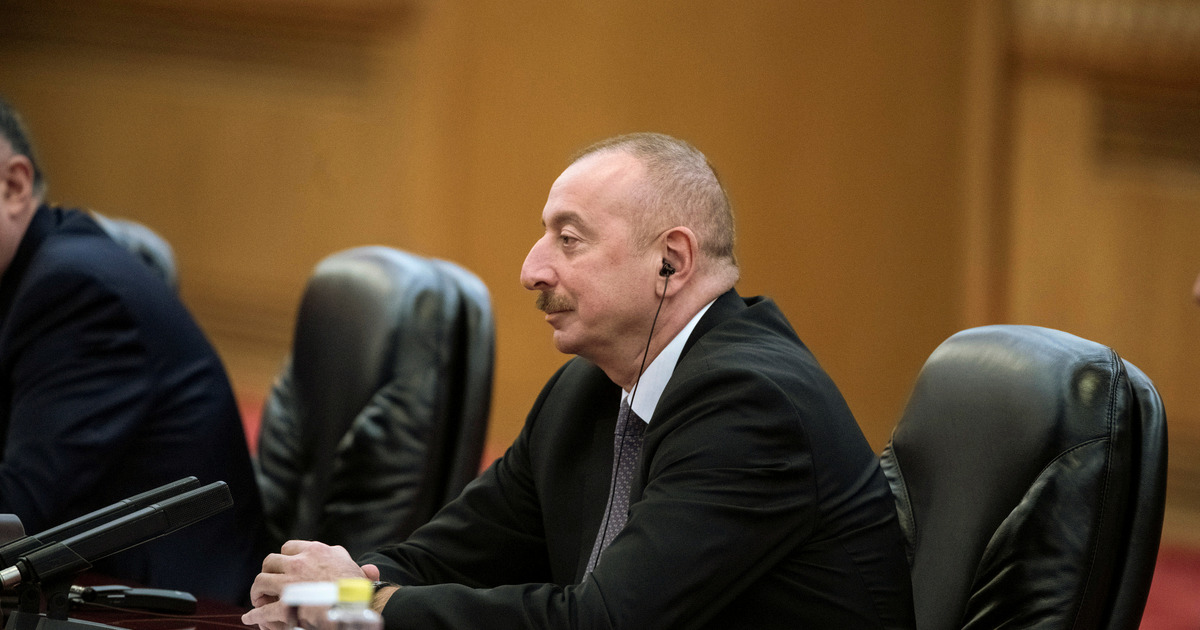 Президент Азербайджана объяснил отказ от переговоров с Арменией