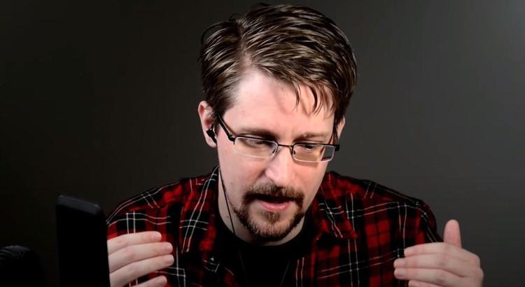 Суд США потребовал от Сноудена более пяти миллионов долларов