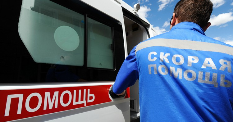 Пьяная жительница Челябинской области наехала на троих детей
