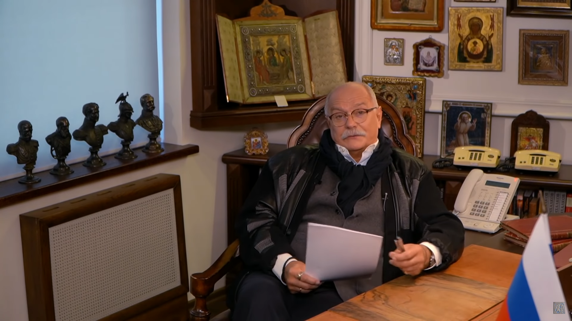 Михалков заявил об информационной атаке после сюжета про «нарисованные» протесты