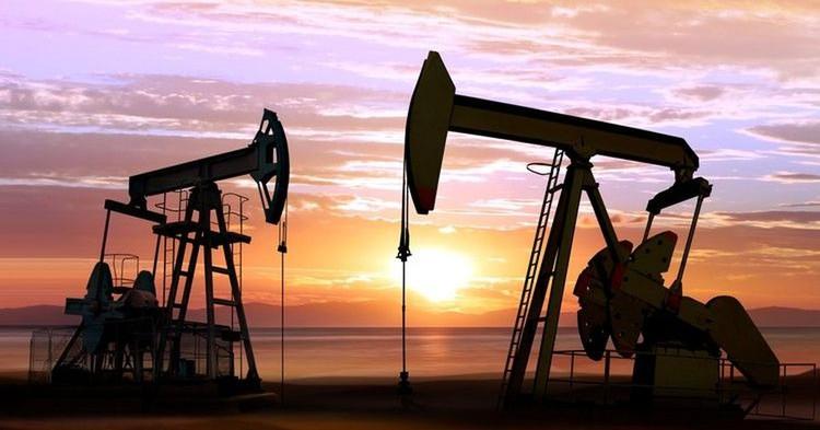 """Мировые цены на нефть """"подросли"""" почти на 6%"""