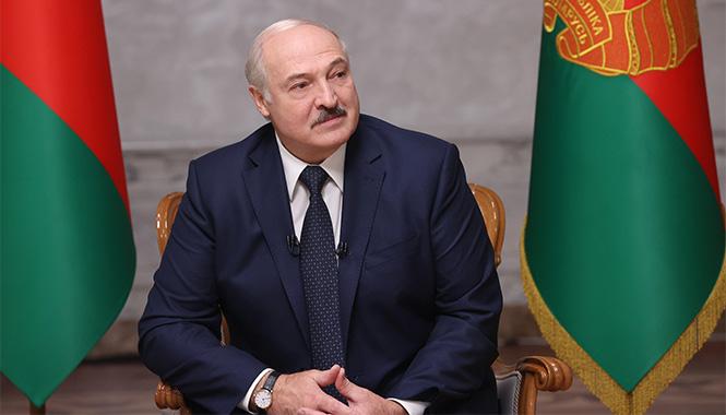 Сторонники Лукашенко вышли на митинг