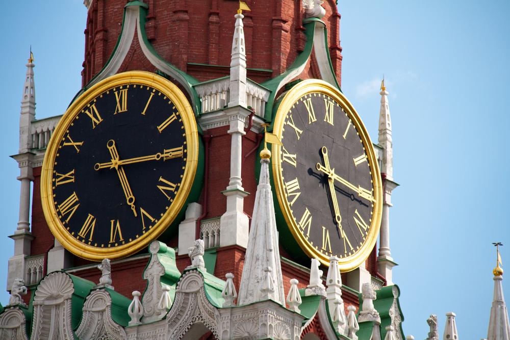 Куранты на Спасской башне Кремля будут остановлены