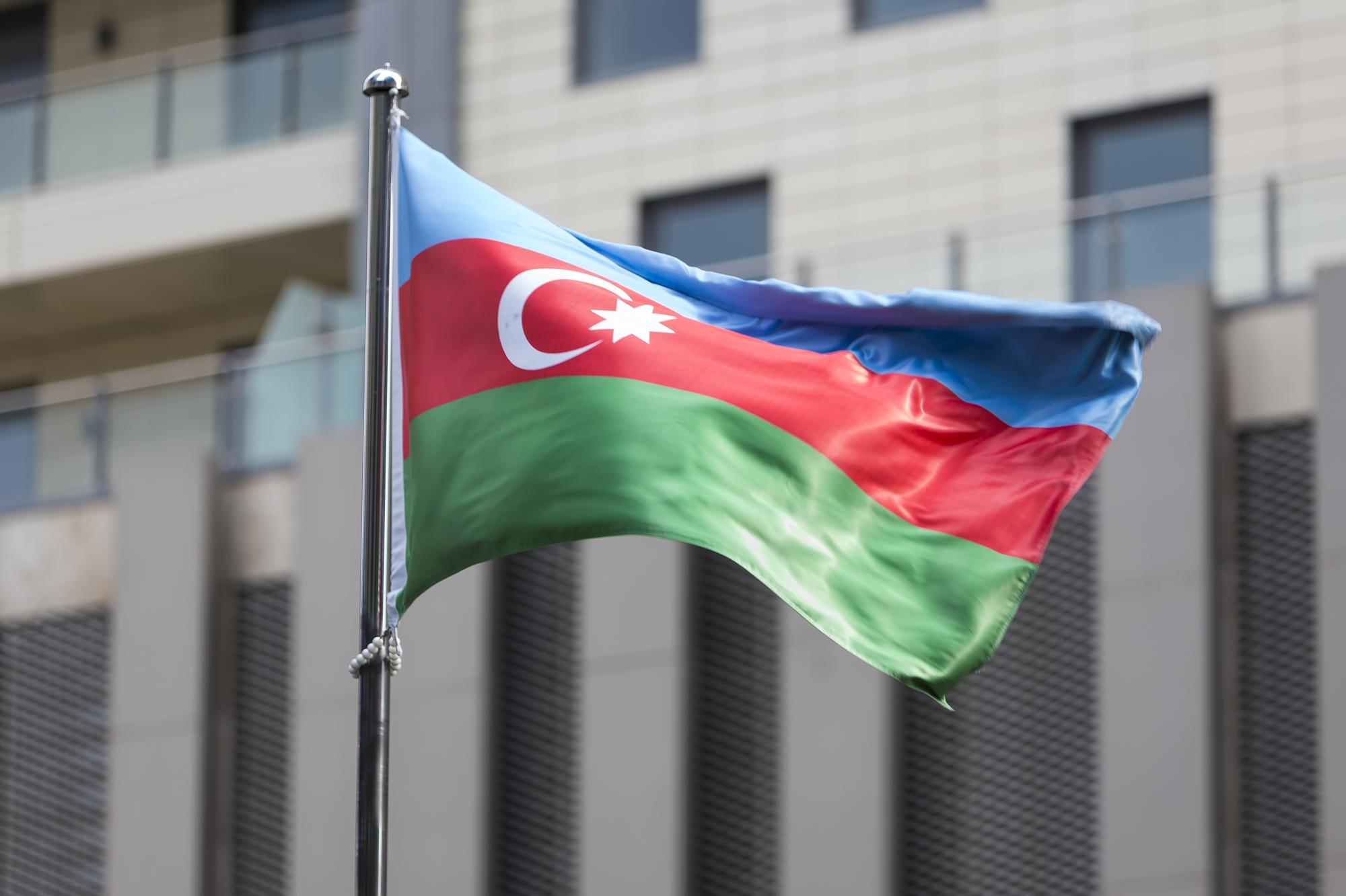 Алиев: Азербайджан вернет свои земли, но хочет сделать это мирным путем