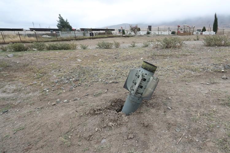 В Степанакерте обезврежены 180 неразорвавшихся кассетных бомб
