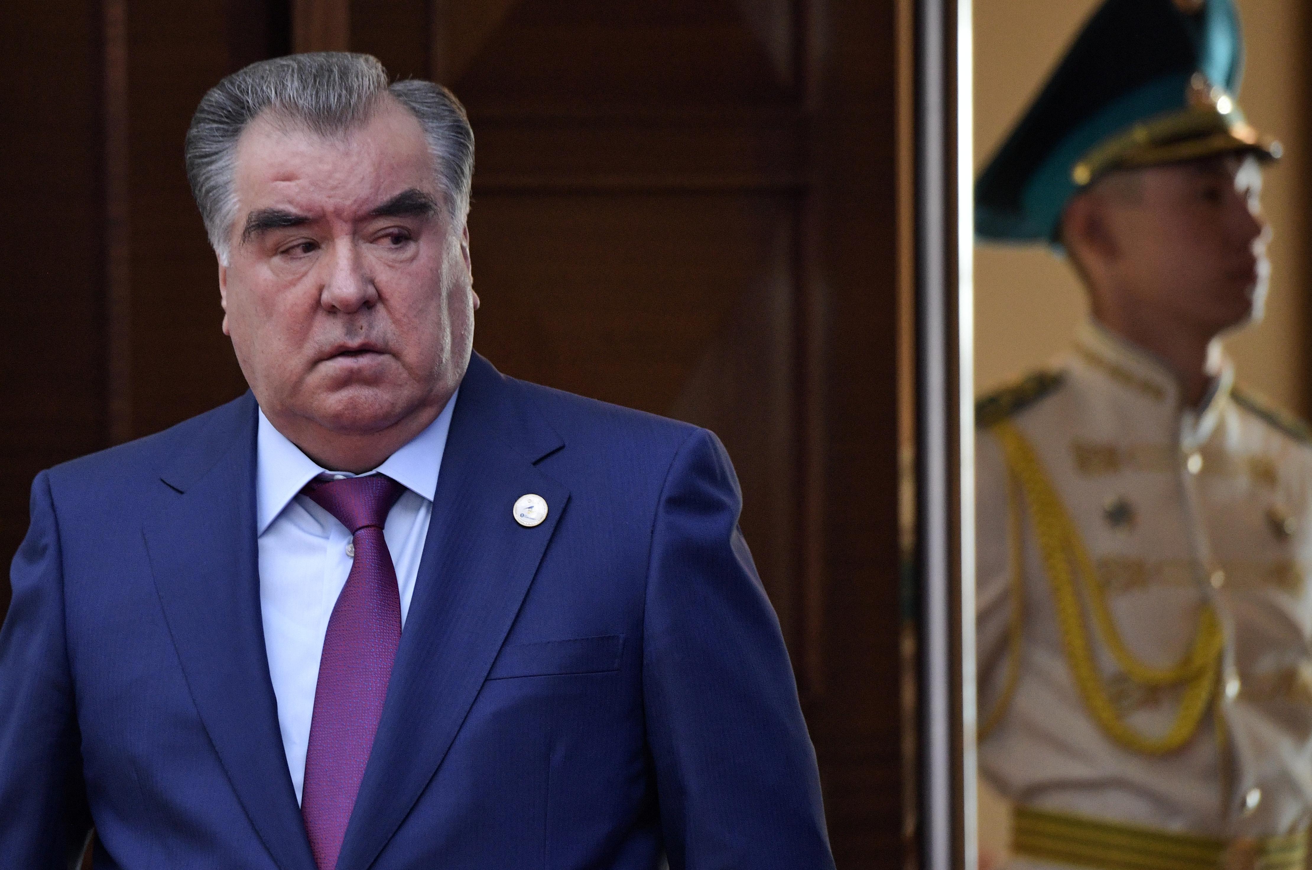 «Лидер нации» Таджикистана получил 90% голосов на выборах президента