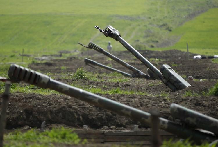 Ереван: в Карабахе погибли уже больше 500 армянских военных