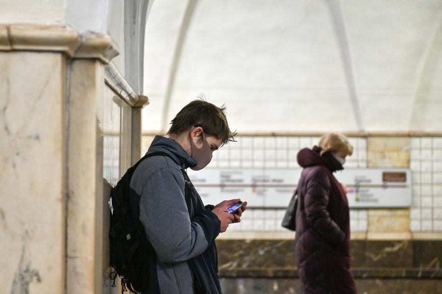 В Москве за две недели оштрафовали 10 тысяч пассажиров без масок