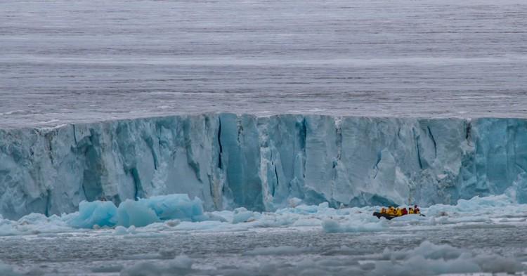 Эксперт: толщина льдов в Арктике уменьшилась в два раза за 40 лет