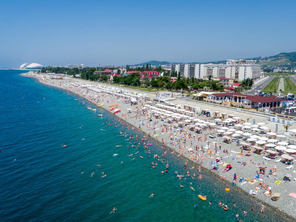 В Сочи непривычно большой наплыв туристов