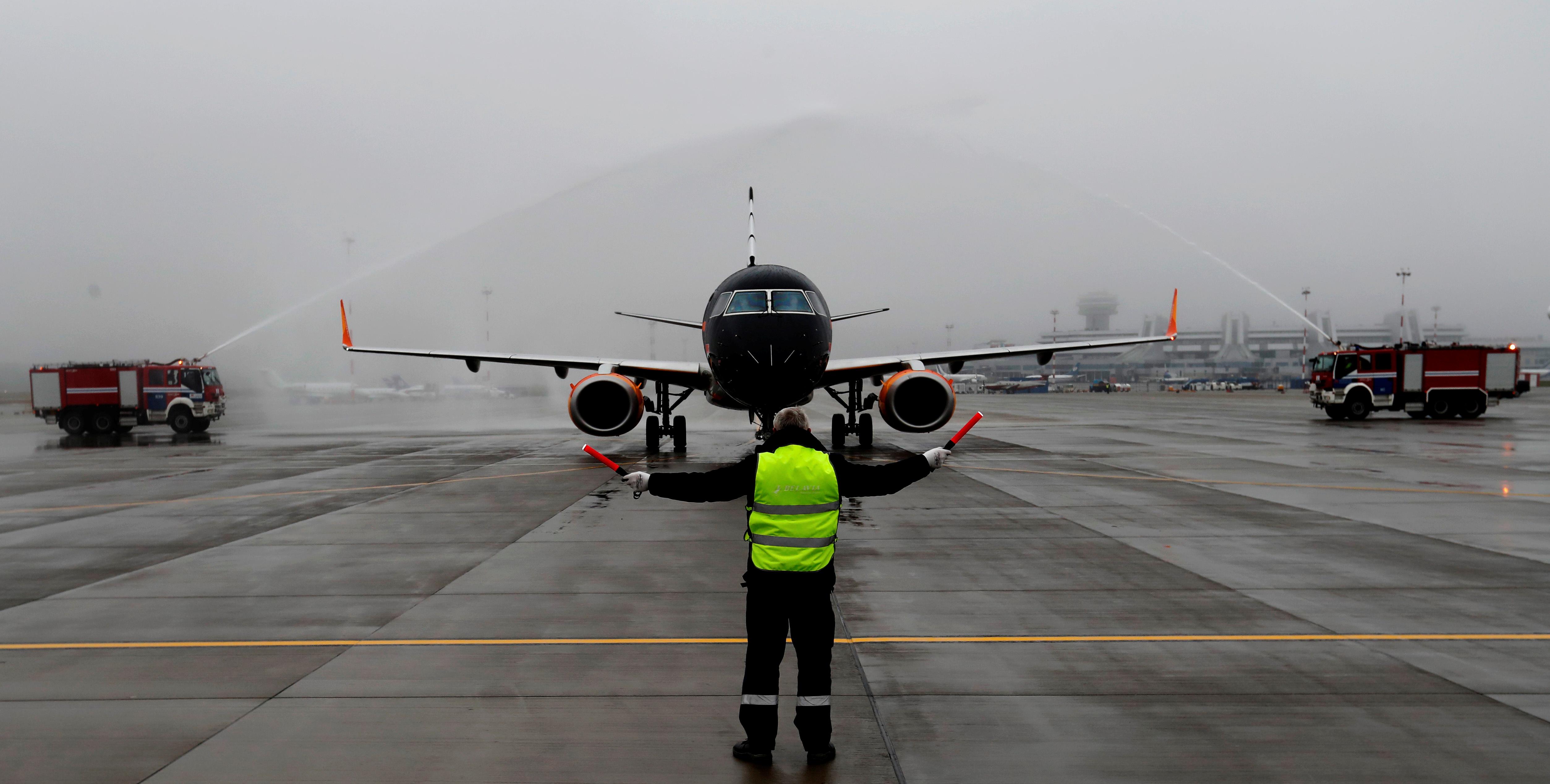 Из Сирии самолетом Минобороны доставили десятки российских детей