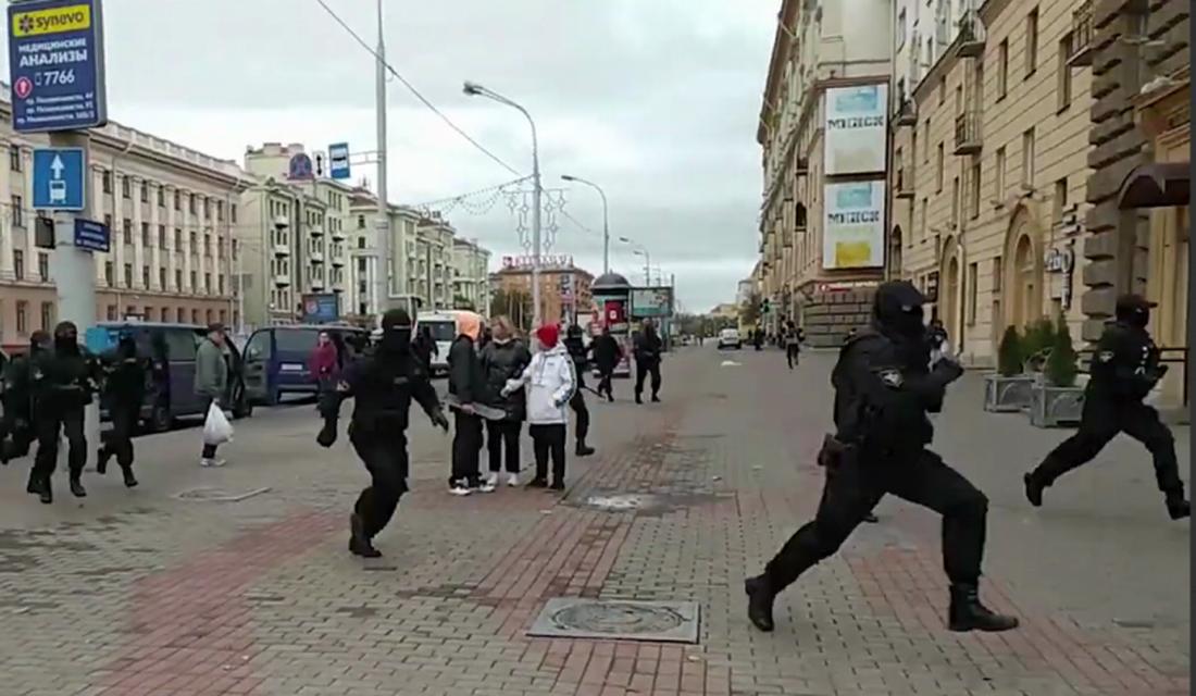 В Минске вместе с участниками протестов задержаны и журналисты