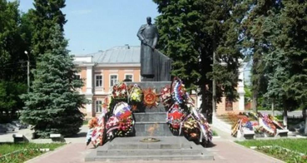 СК установил факт осквернения подростками в Ельце мемориала воинам ВОВ