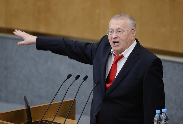Жириновский призвал срочно закрыть границы России из-за COVID-19