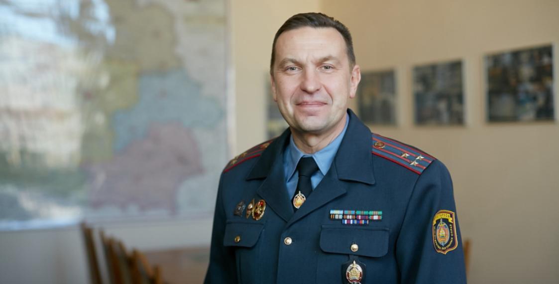 Глава белорусских силовиков назвал протестующих фашистами