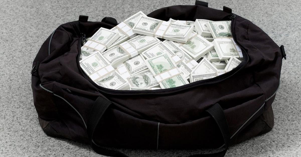 Погранслужба получила право расследовать дела о контрабанде валюты, сигарет и алкоголя