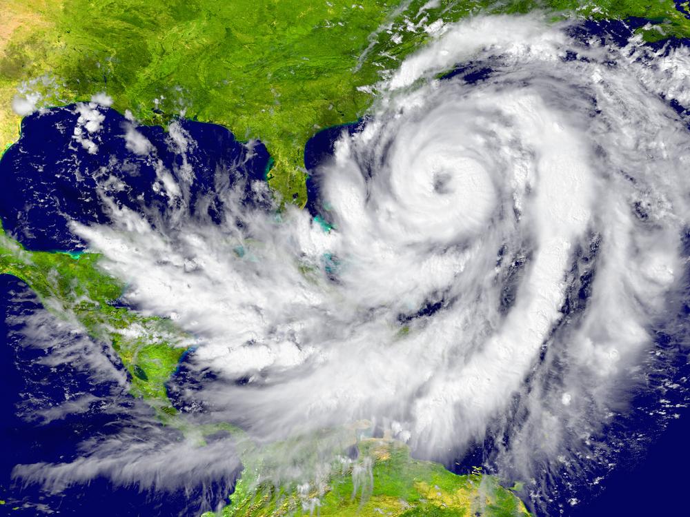 К Бермудским островам приближается ураган «Эпсилон»