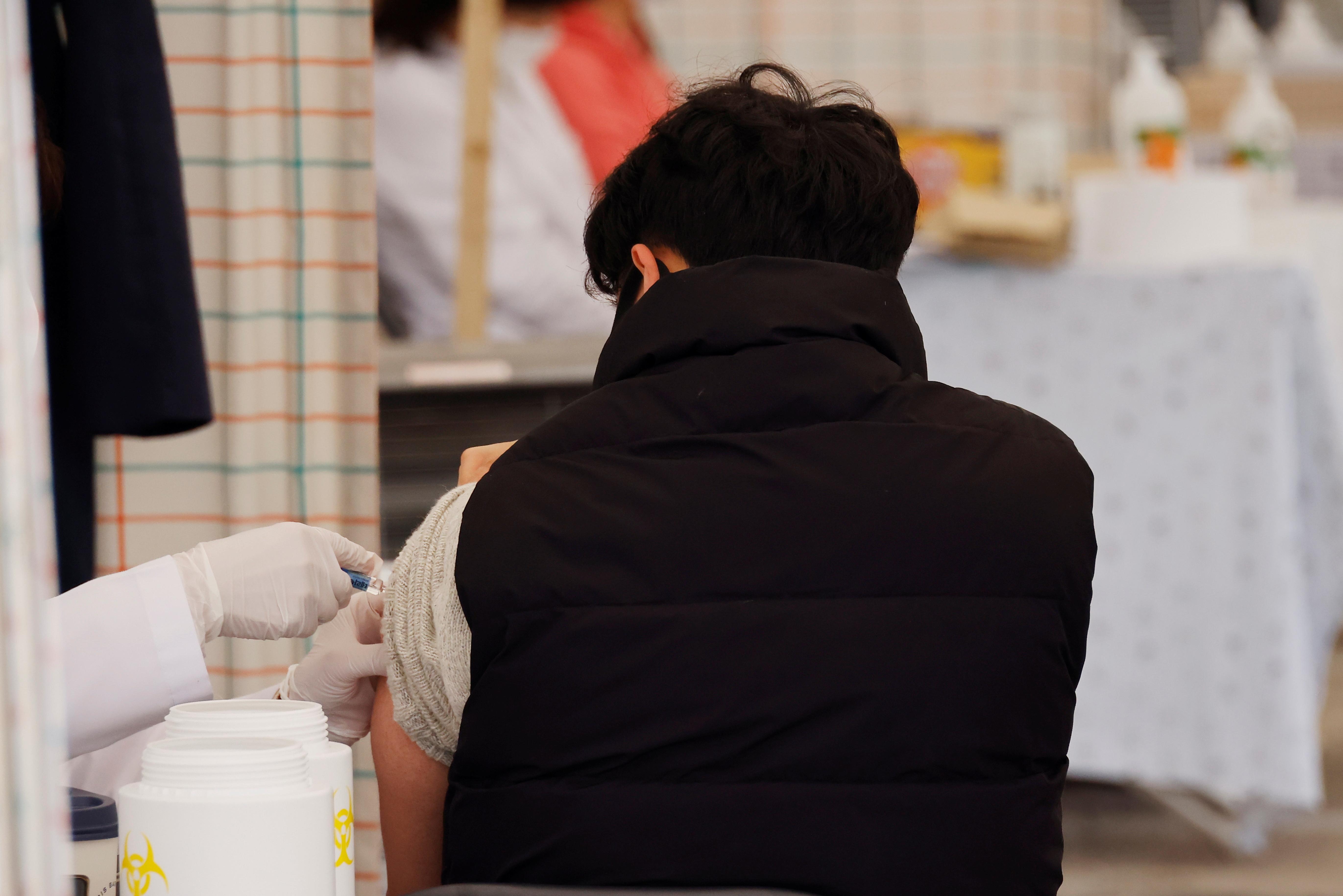 В Южной Корее после прививки от гриппа умерли 13 человек