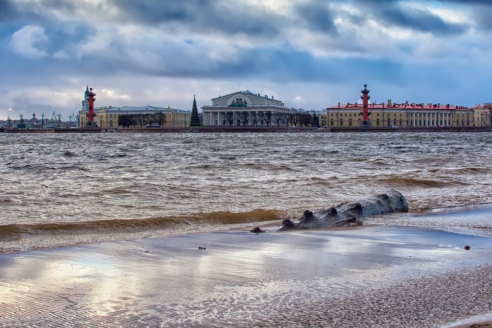 Петербургу предрекли катастрофу из-за таяния арктических ледников