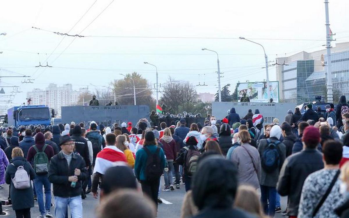В Минске силовики применили спецсредства для разгона демонстрантов