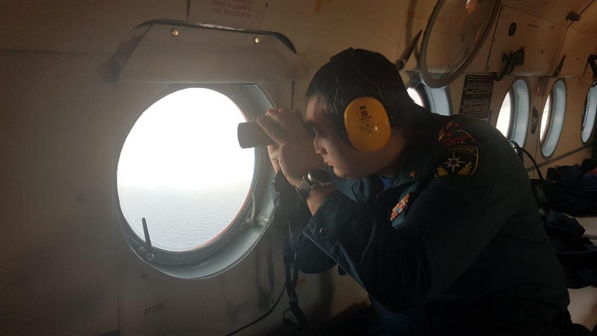 МЧС прекратит поиски моряков с пострадавшего танкера в понедельник