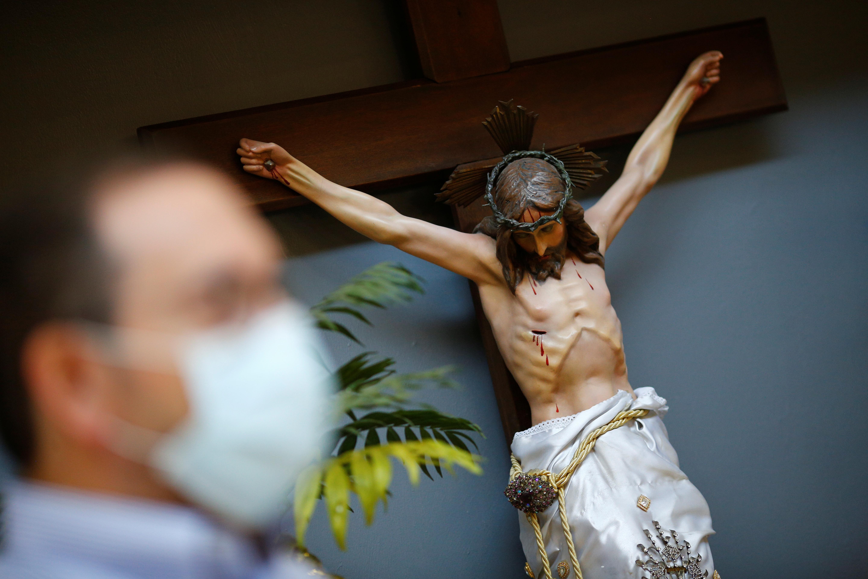Ученые нашли гвозди, якобы снятые с распятия Христа