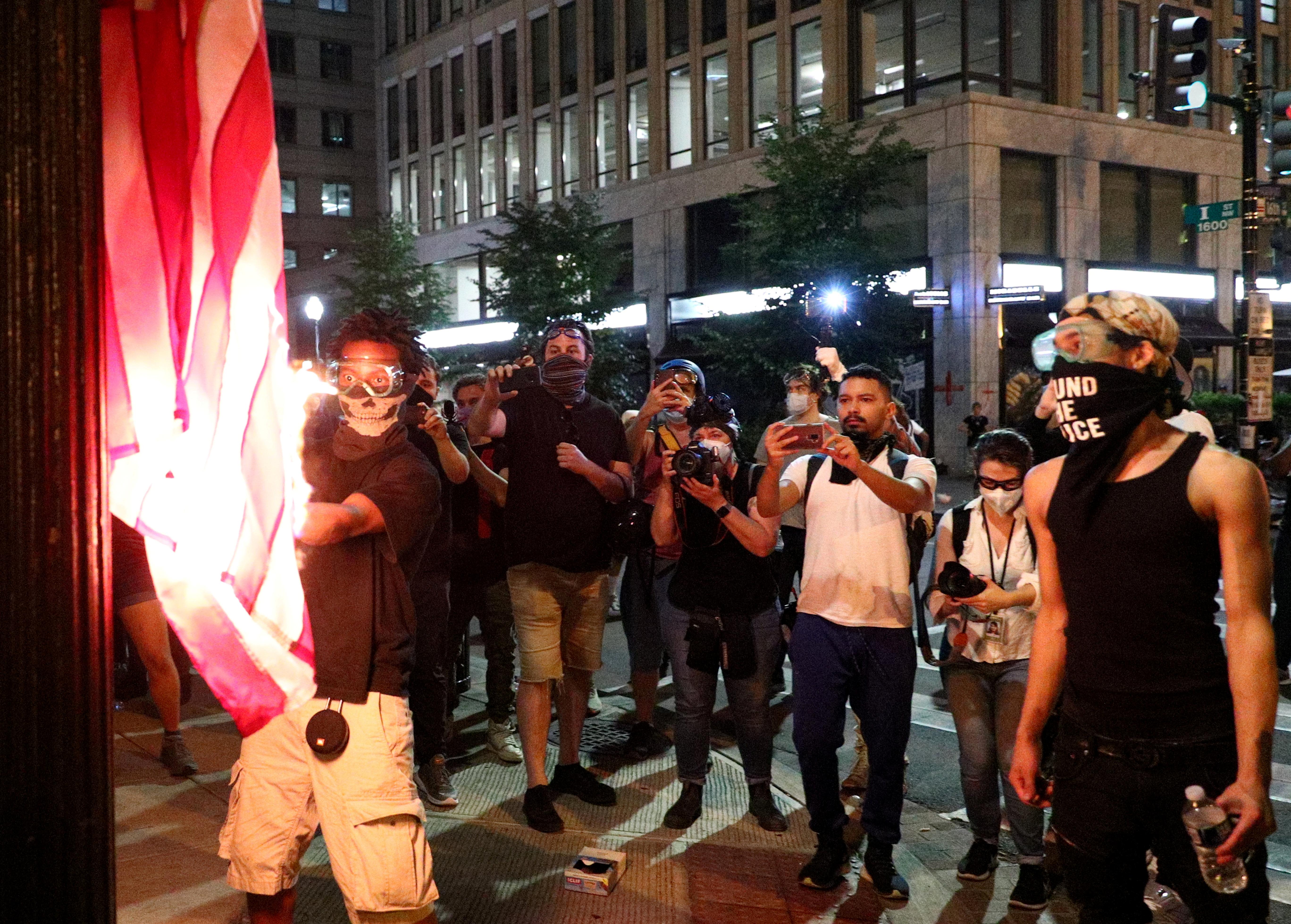 Американские безопасники готовятся к беспорядкам после выборов президента