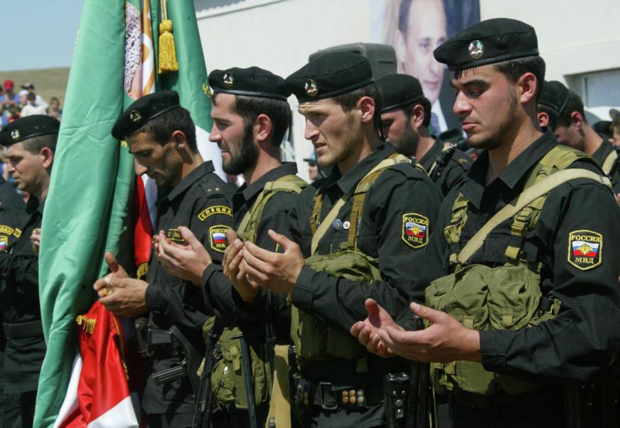 В Чечне произошла перестрелка между ОМОН и СОБР