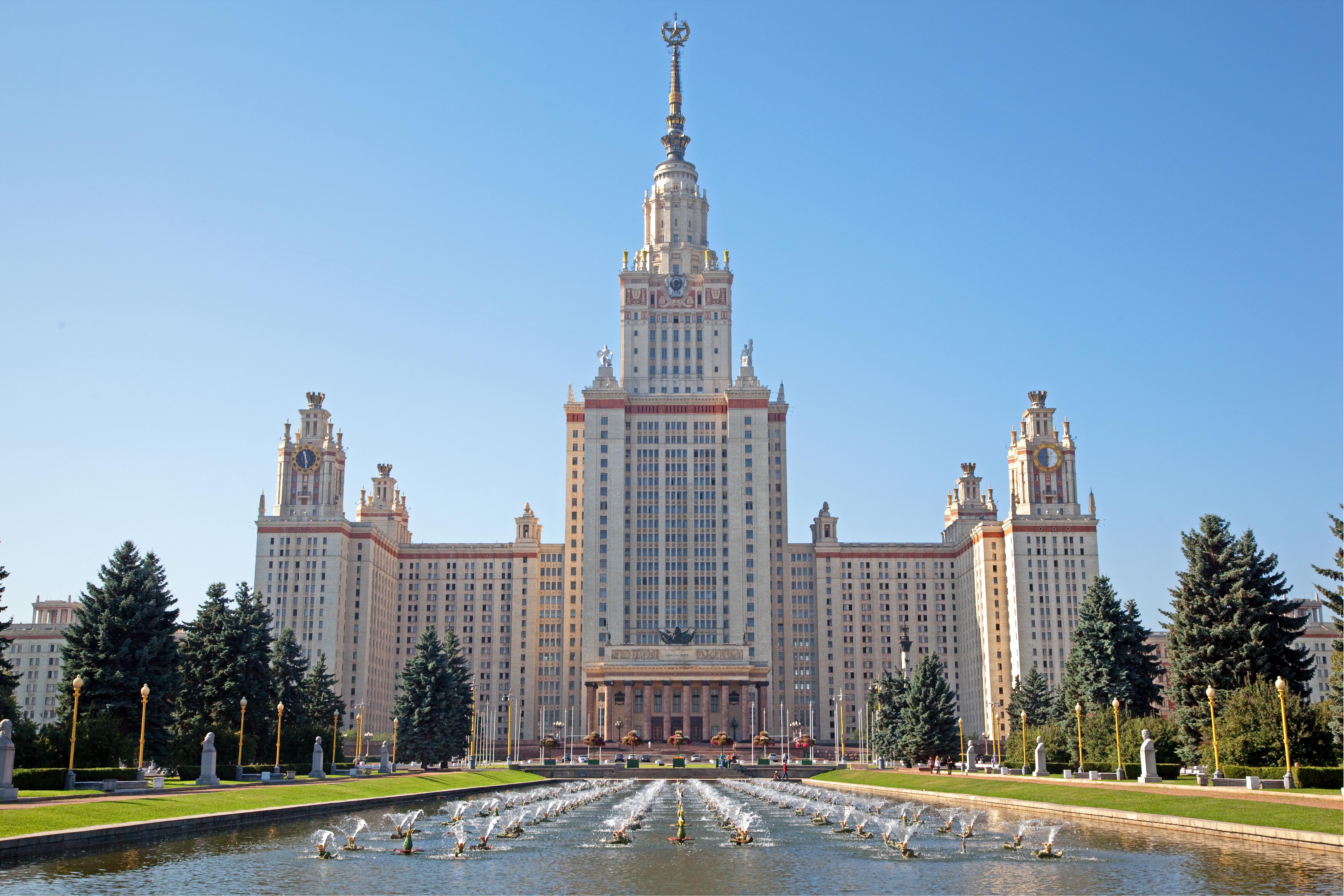 При МГУ построят новый храм