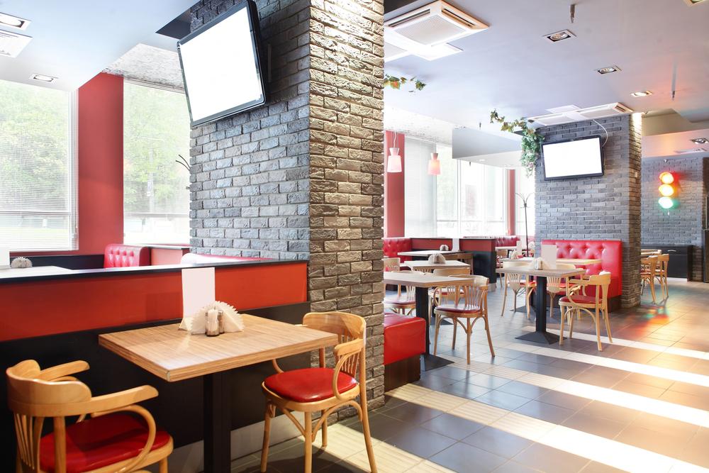 За октябрь рестораны и бары в РФ потеряли 22% выручки