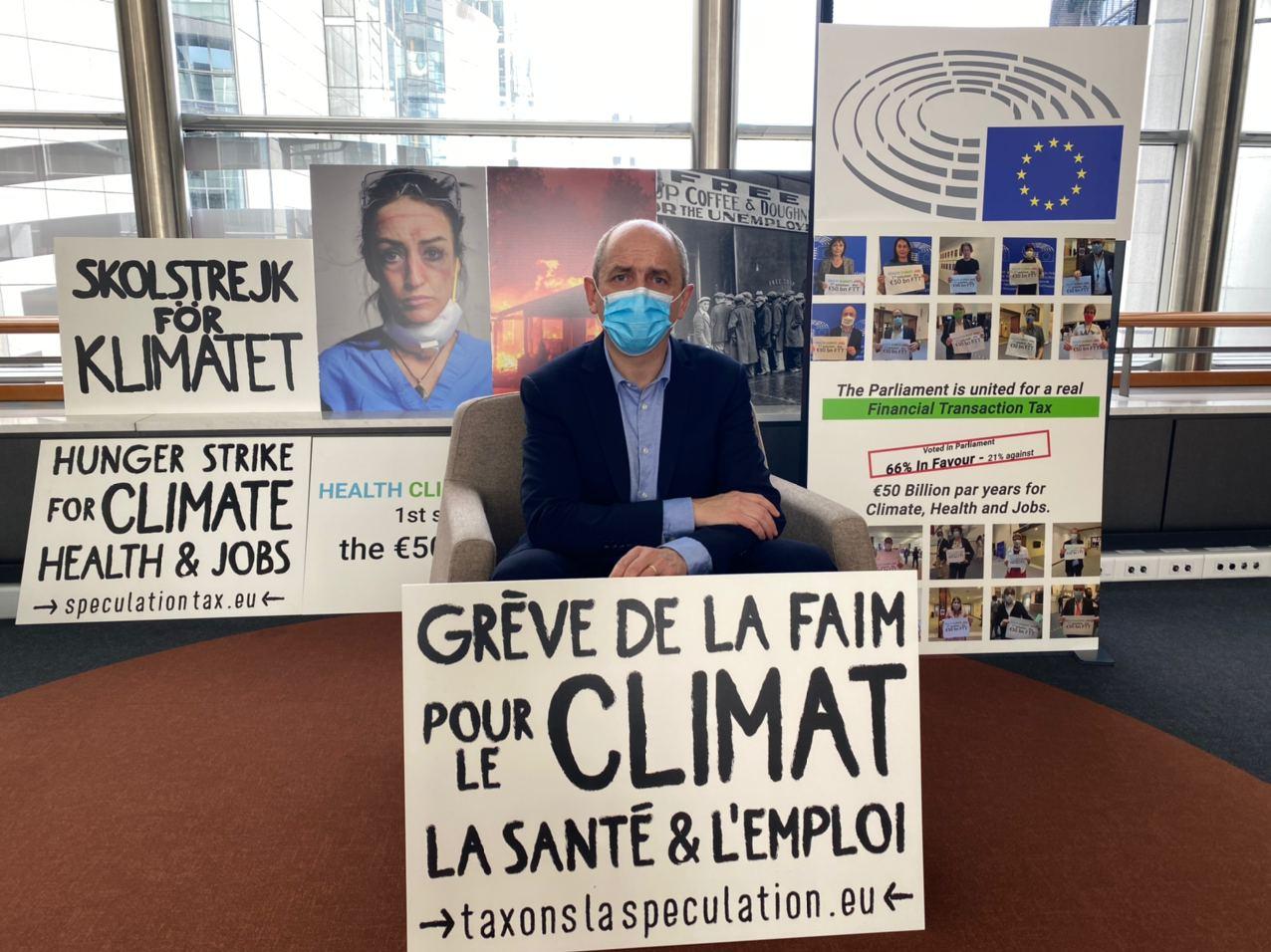 Депутат Европарламента объявил голодовку