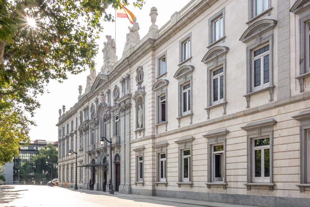 """Посольство РФ прокомментировало сообщение о """"российском следе"""" в каталонском кризисе"""