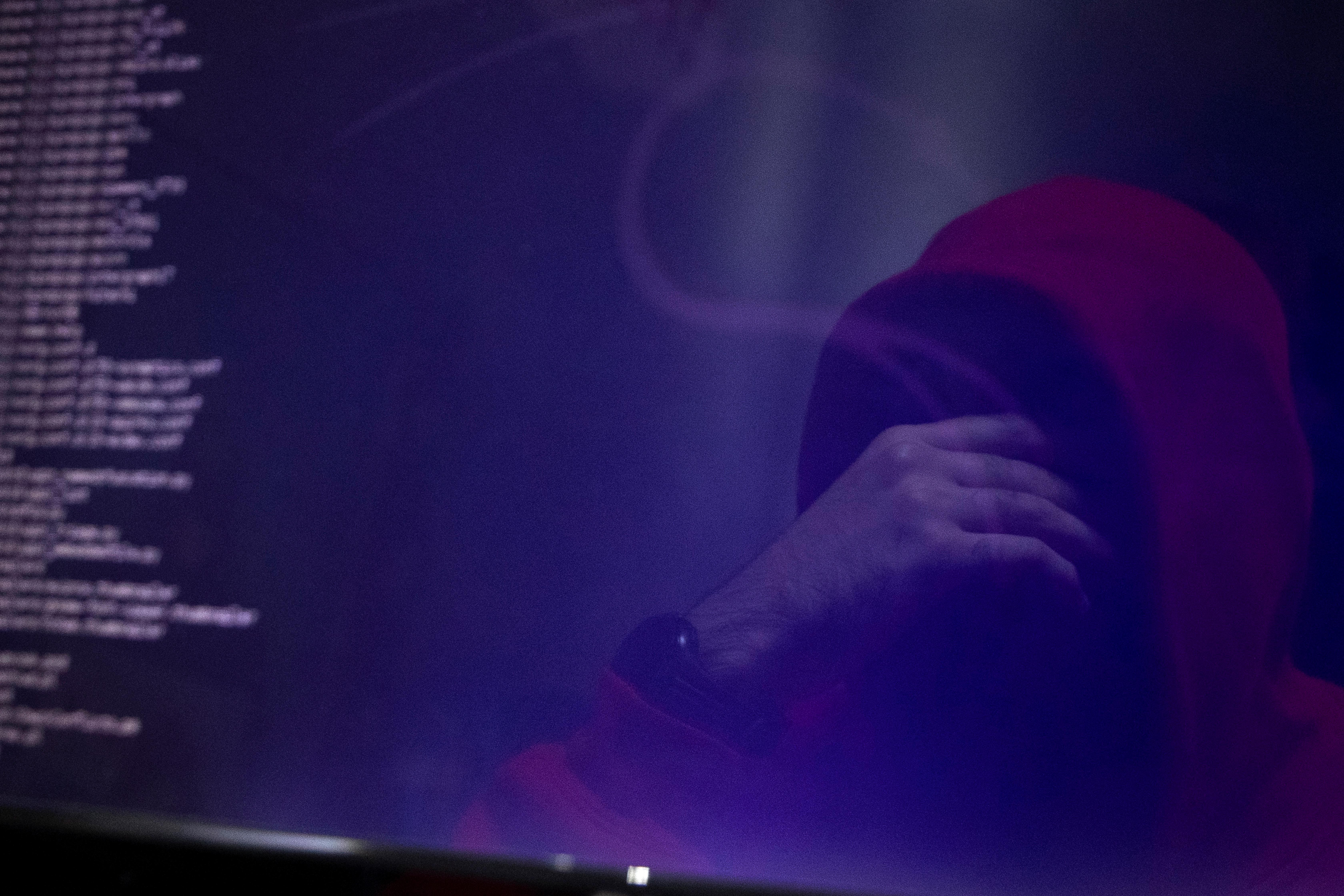 Хакеры взломали 15 тысяч частных видеокамер в Москве