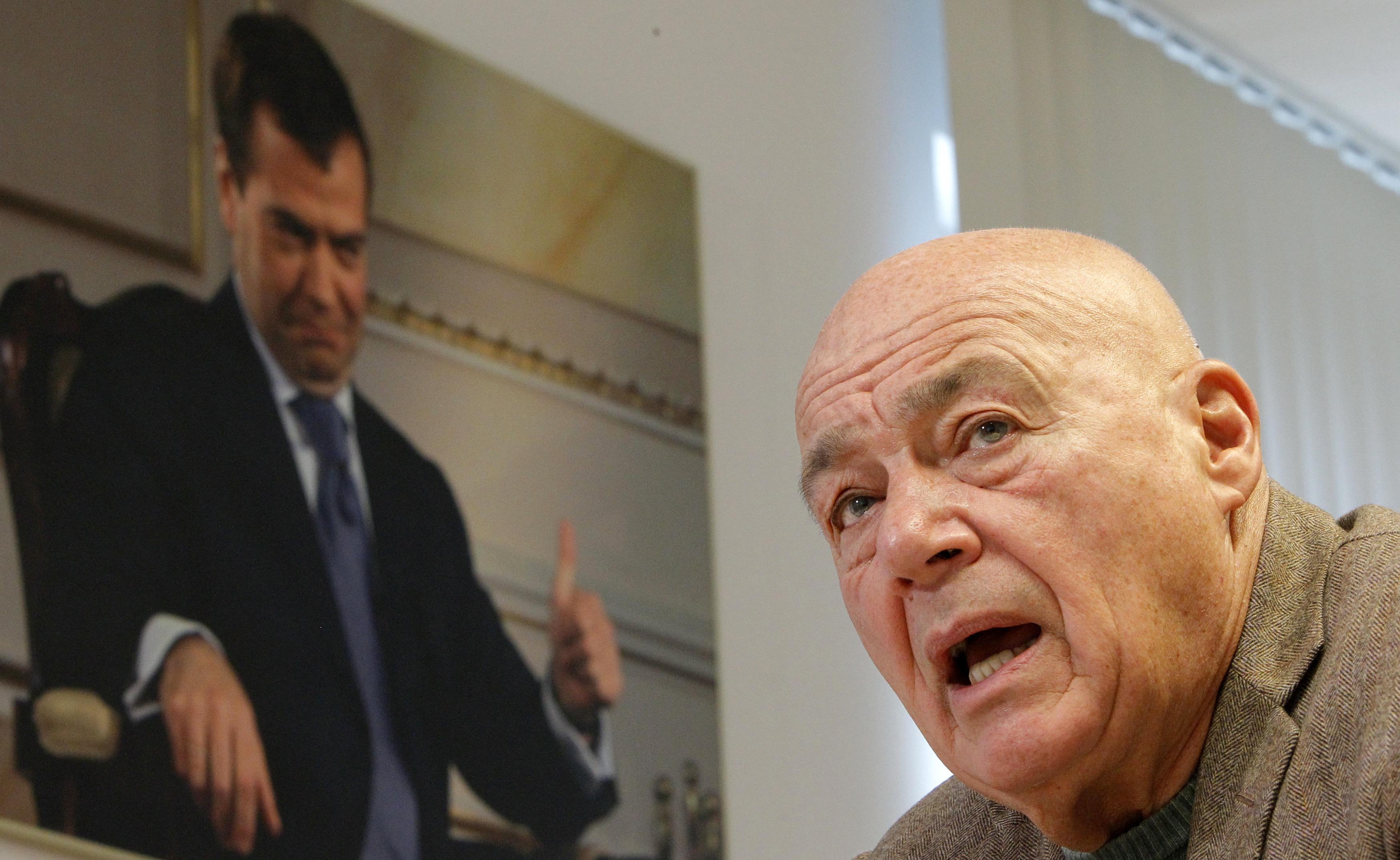 Познер прокомментировал теракты во Франции «как француз»