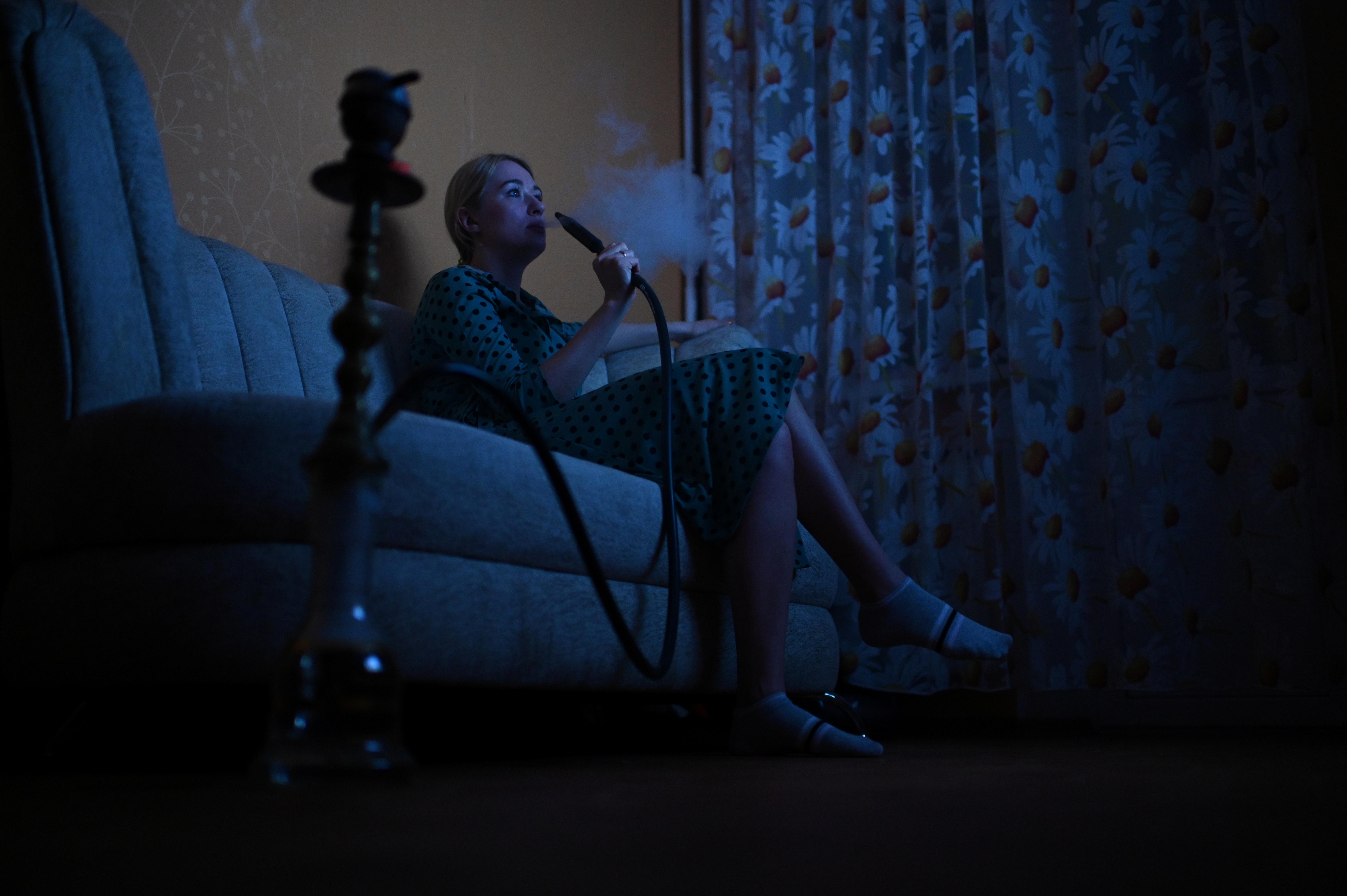 В России запретили курить кальяны, вейпы и «Айкос» в кафе