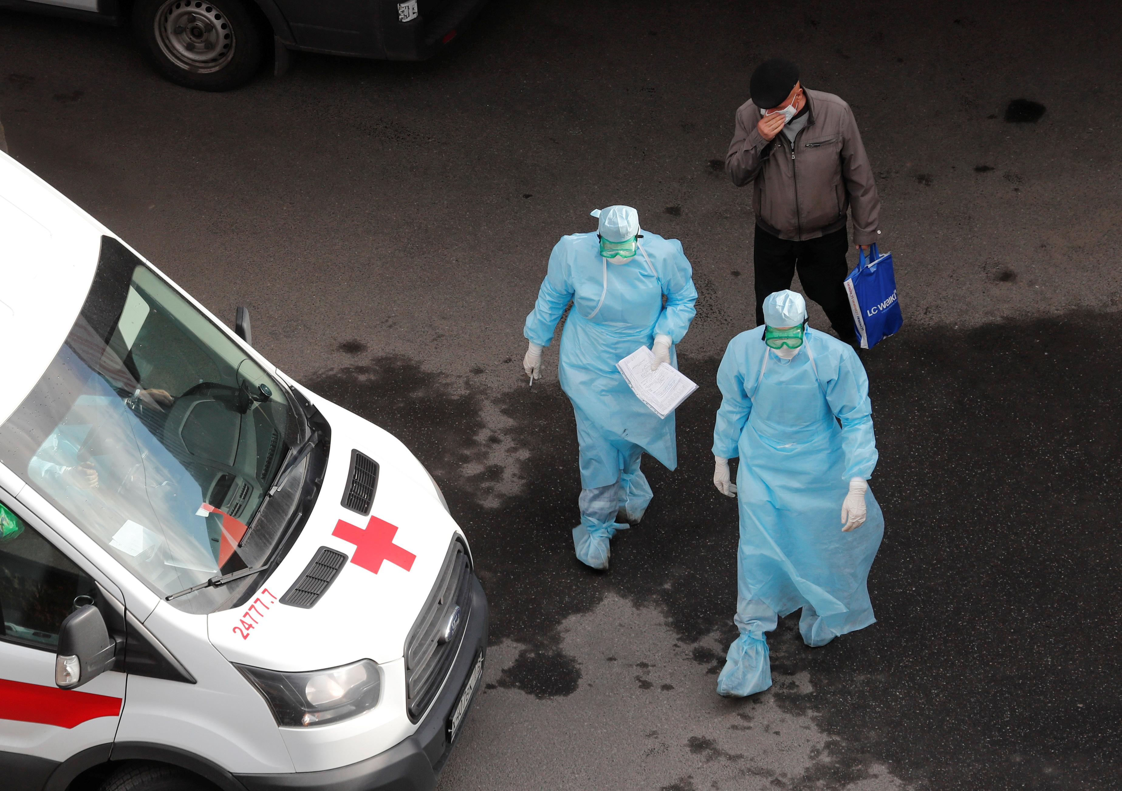 Новый рекорд по заражениям: в России выявлено 18 283 заболевших за сутки