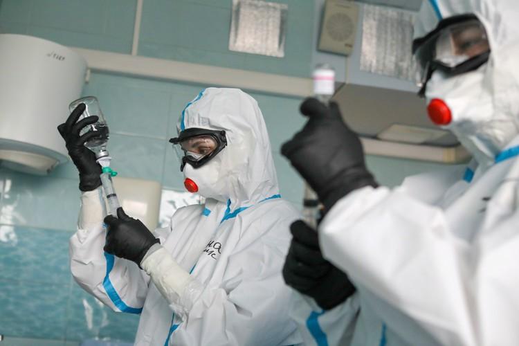 В России выявили 18 140 случаев заражения коронавирусом за сутки