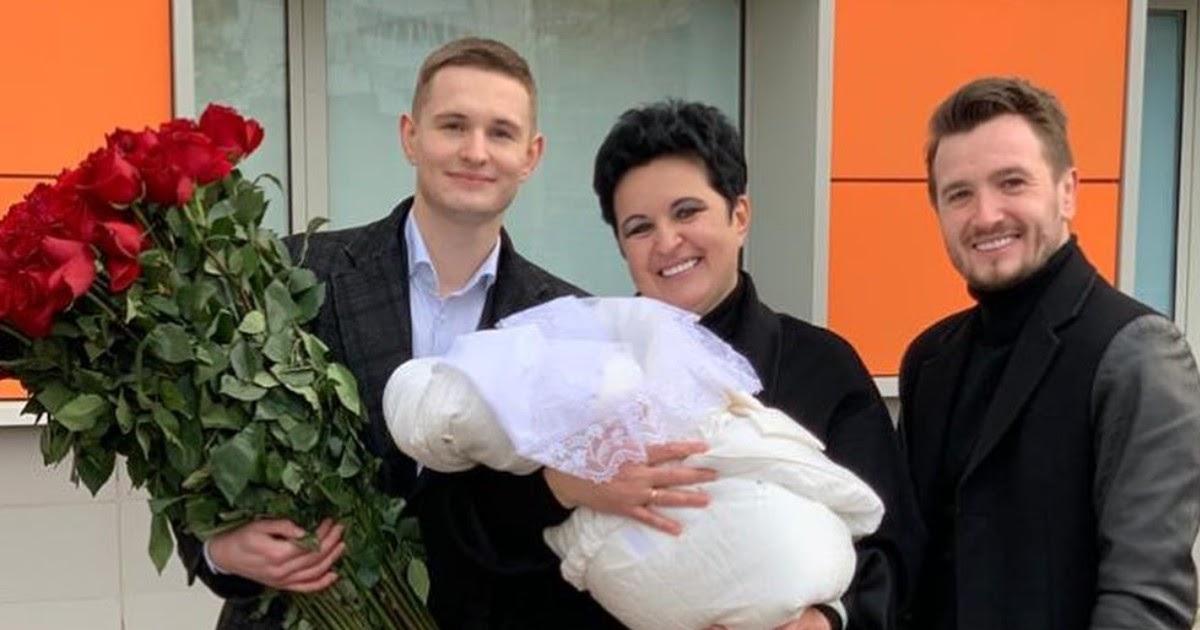 52-летняя мама Влада Кадони стала мамой в четвертый раз
