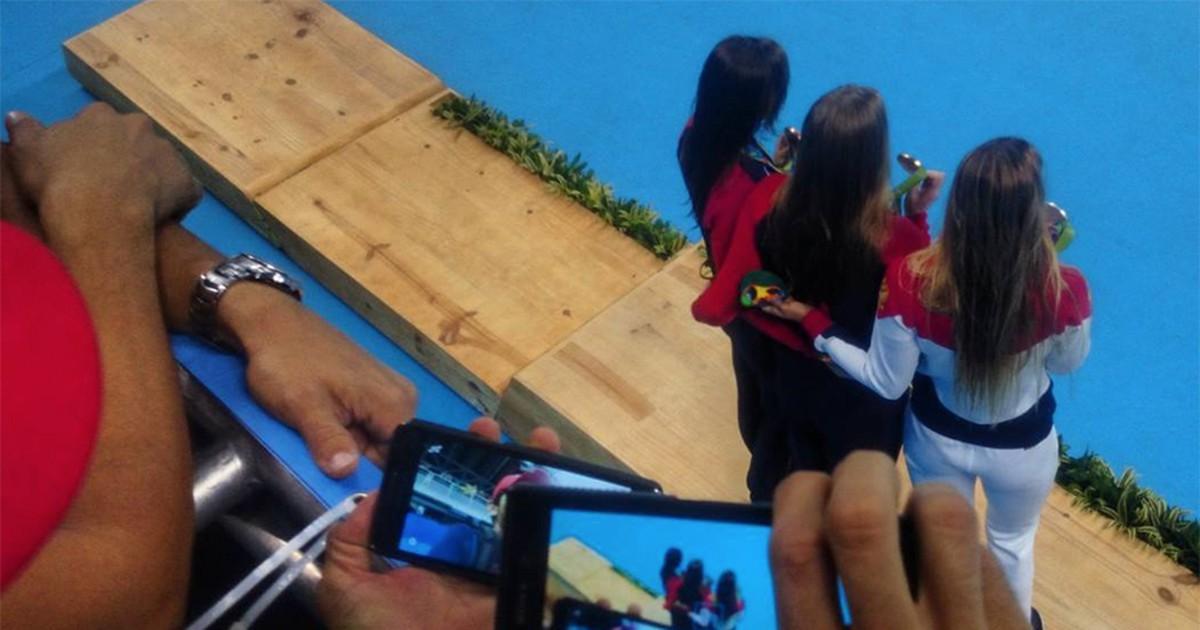 Фото Как мы вместе с российскими гимнастками ждали победы и другие истории из закулисья олимпийского Рио